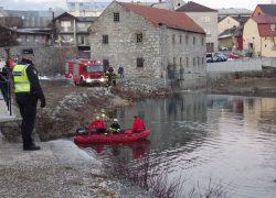 Iz rijeke izvađen automobil s truplom: Sumnja se na muškarca čiji je nestanak prijavljen u Solinu