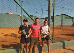 TENIS: Blagdanski Salona Kup – Otvoreno prvenstvo Solina  Kaštelansko finale: Marijana Buzov – Ana Maria Podrug 6:1,6:2