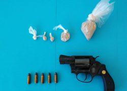 'PAO' SOLINSKI DILER Policija u kući pronašla pištolj, kokain, heroin…
