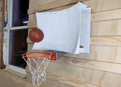 Inženjer košarkaš osmislio koš koji je gotovo nemoguće promašiti (video)