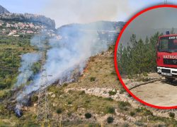 POŽAR IZMEĐU SOLINA I KLISA Vatra se širi prema brdu, zatražene dodatne vatrogasne snage