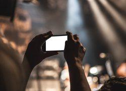 Vladin prijedlog o nadzoru lokacije mobitela svih građana kroz Sabor ne bi smio proći bez dvotrećinske većine