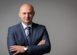 NAJAVA! Sudac Kolakušić gost Nedjeljom u 2, očekuje se izlazak na izbore!